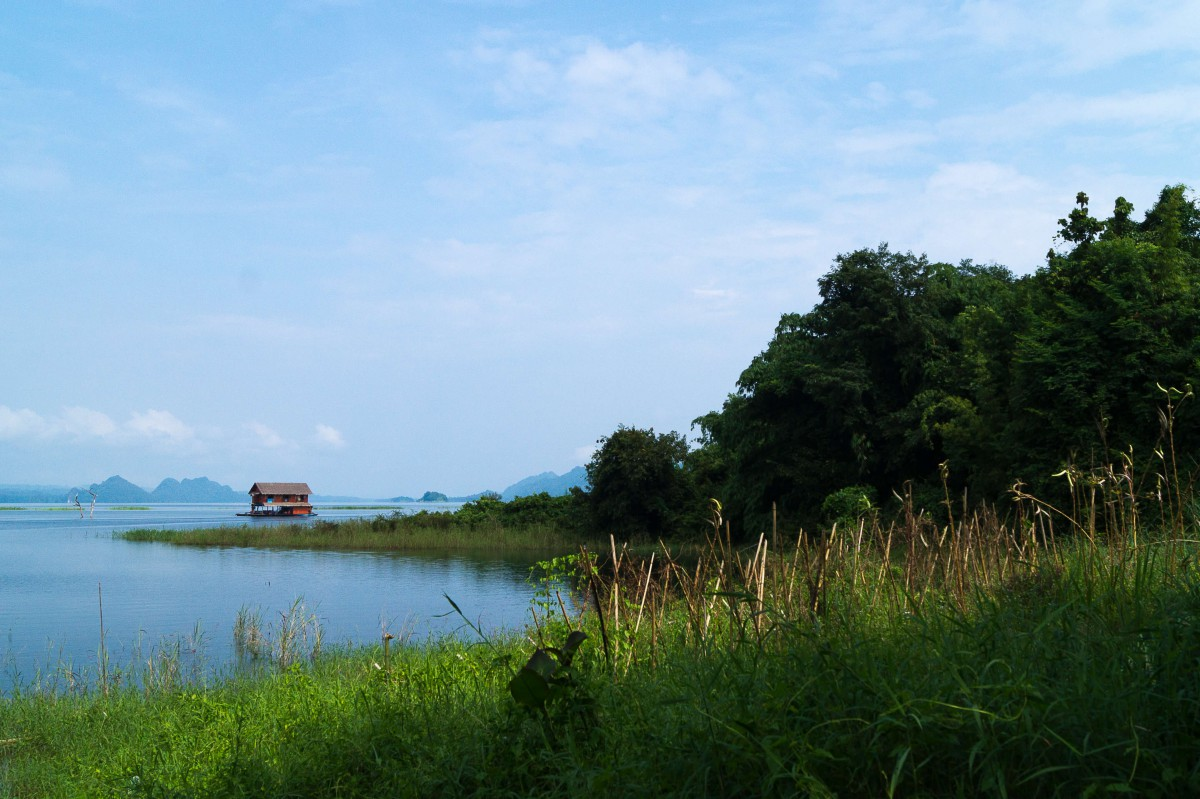The Khao Laem National Park is far, far away from the mass tourism.