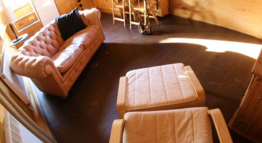 Spacious, luminous living room