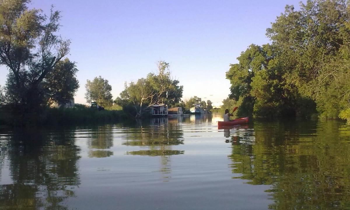 Canal d'Arles