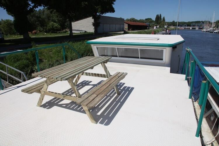 Sunterrace on the deck