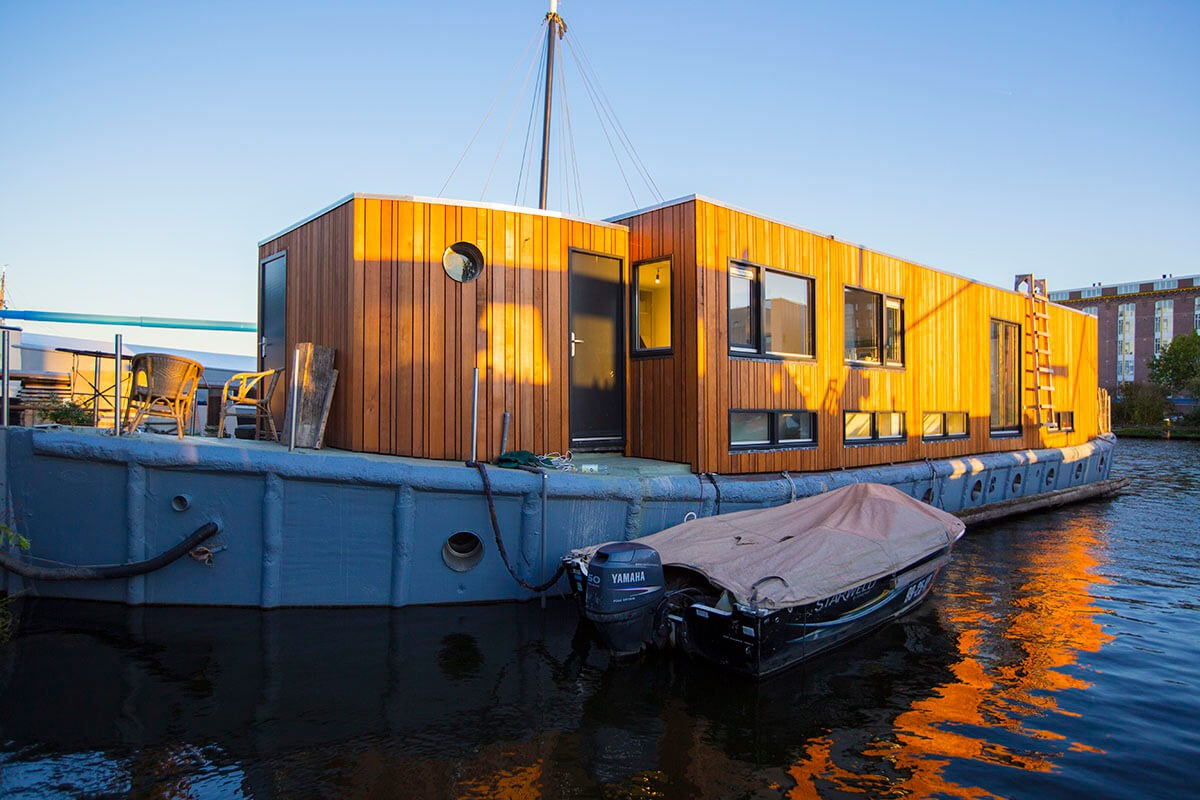 The houseboat is built on a WWII concrete warship from 1943