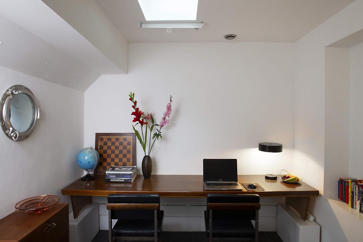 Bedroom 2 as working space
