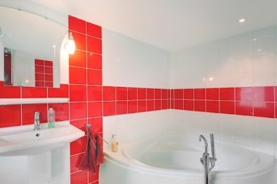 Bathroom with two person bath