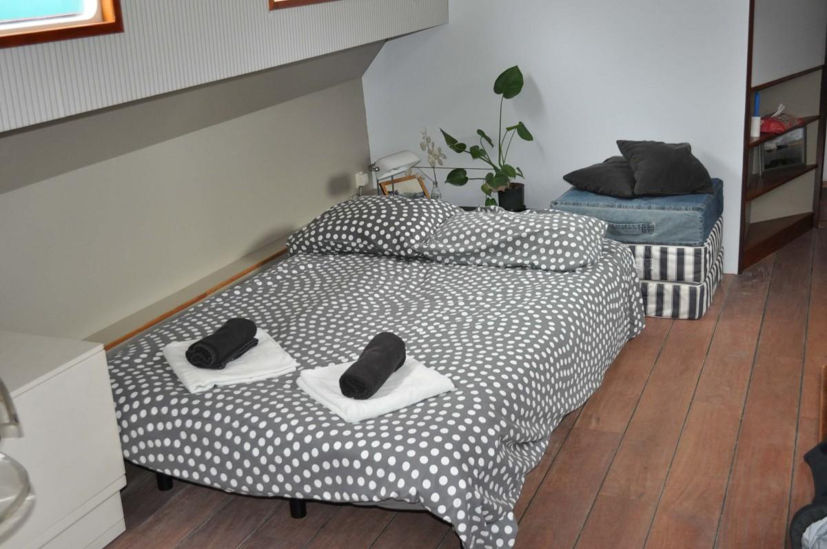 Sleeping sofa