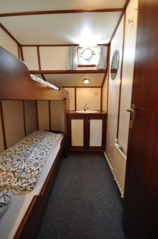 Two-person cabin