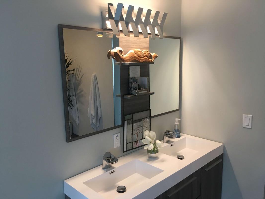 Master vanity