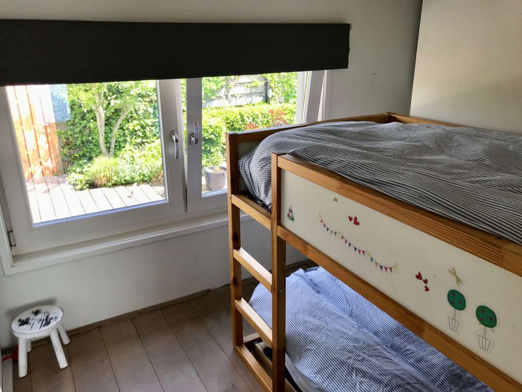 slaapkamer in woonboot