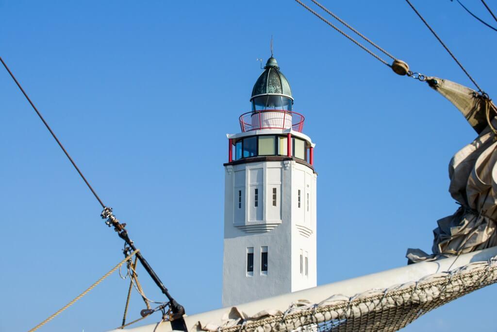 Three-story lighthouse