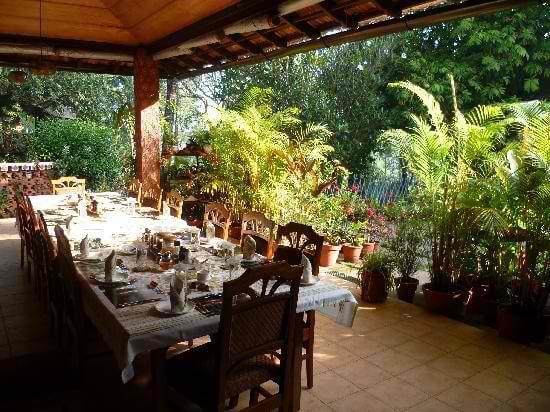 Tranqui Resort's dining area