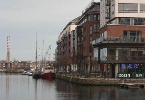 Houseboat 135 Dublin photo 3