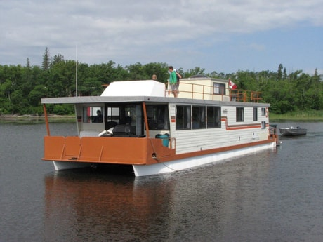 Our largest houseboat!
