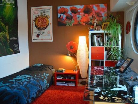 Bedroom 3: River view single