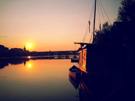 Romantic sunsets in Saumur