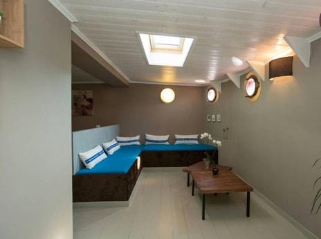Houseboat 236 Metz photo 5