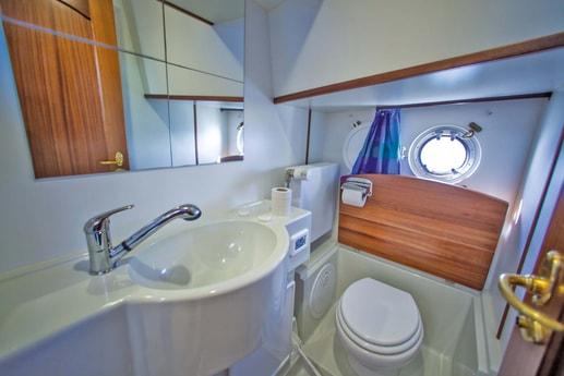 Houseboat 273 Müritz photo 5