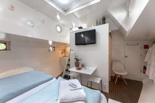 Houseboat 375 Amsterdam photo 10