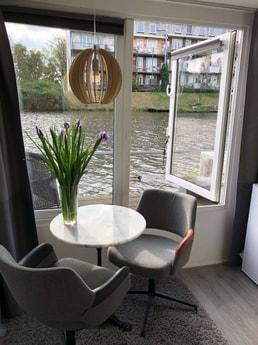 Houseboat 384 Amsterdam photo 18