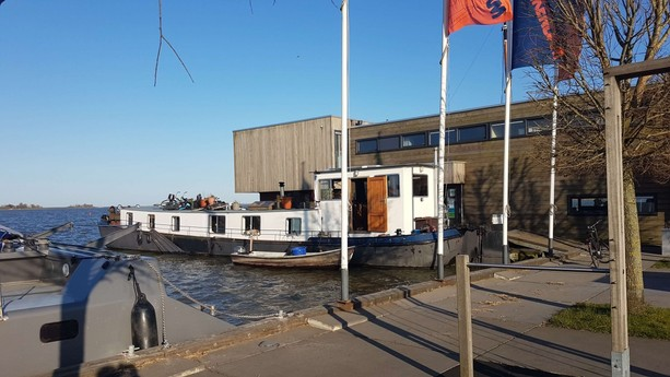 Houseboat 460 Monnickendam photo 2