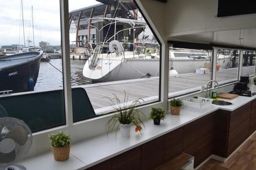 Houseboat 535 Amsterdam photo 3
