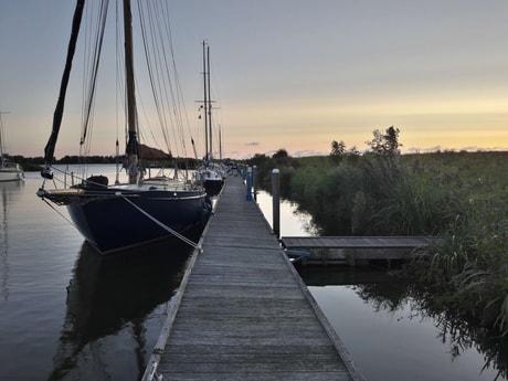 Houseboat 539 Andijk photo 3