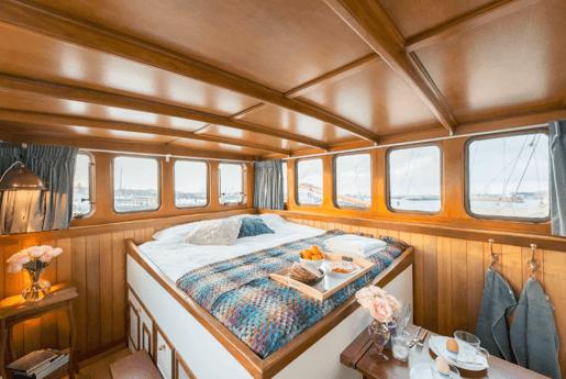 Houseboat 556 Amsterdam photo 0