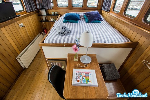Houseboat 556 Amsterdam photo 3