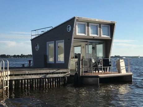 Houseboat 587 Loosdrecht photo 0