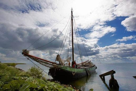 Houseboat 639 Enkhuizen photo 0