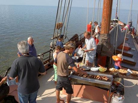 Houseboat 639 Enkhuizen photo 1