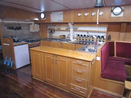 Houseboat 642 Enkhuizen photo 4
