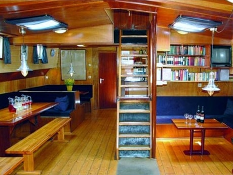 Houseboat 649 Enkhuizen photo 3