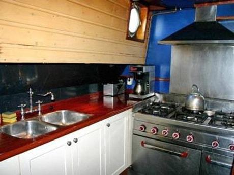 Houseboat 649 Enkhuizen photo 5