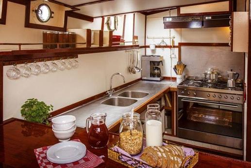 Houseboat 650 Harlingen photo 6