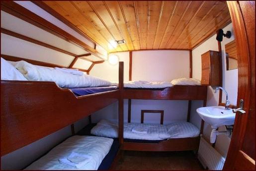 Houseboat 654 Monnickendam photo 7