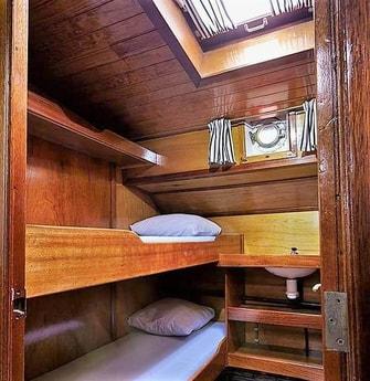 Houseboat 655 Monnickendam photo 3