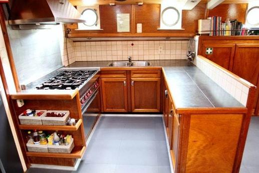 Houseboat 658 Enkhuizen photo 4