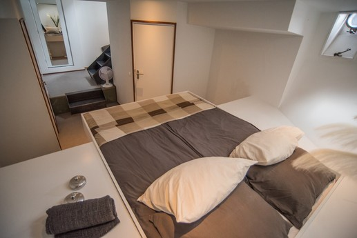 Houseboat 717 Amsterdam photo 3
