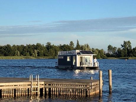 Houseboat 727 Loosdrecht photo 6