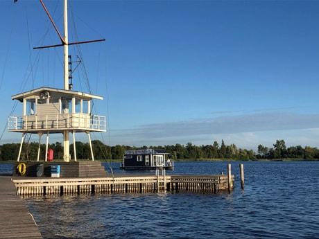 Houseboat 727 Loosdrecht photo 3