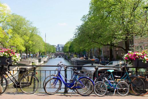 Houseboat 743 Amsterdam photo 2