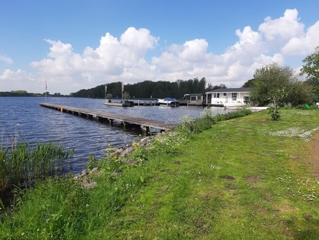 The home port is on a small lake called 'Nieuwe Meer'.