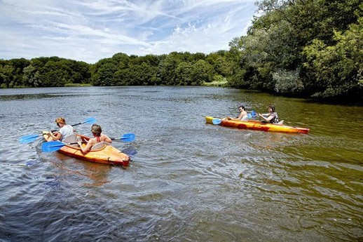 You can also explore the Amsterdamse Bos from the water.