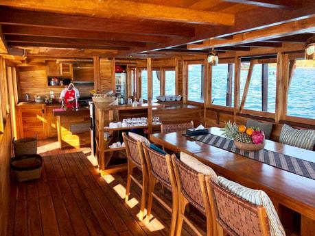 Houseboat 761 Labuan Bajo photo 7