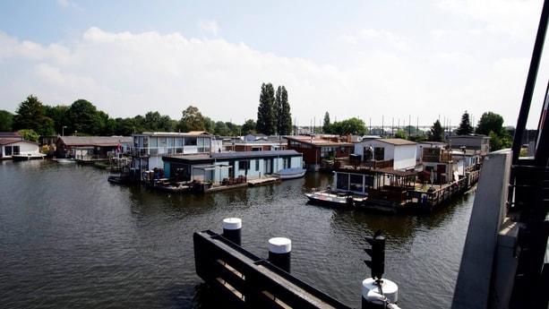 Woonboot 832 Amsterdam foto 23
