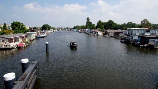 Woonboot 832 Amsterdam foto 24