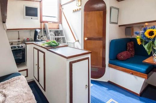 Houseboat 883 Amsterdam photo 3