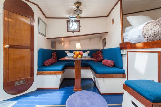 Houseboat 883 Amsterdam photo 4