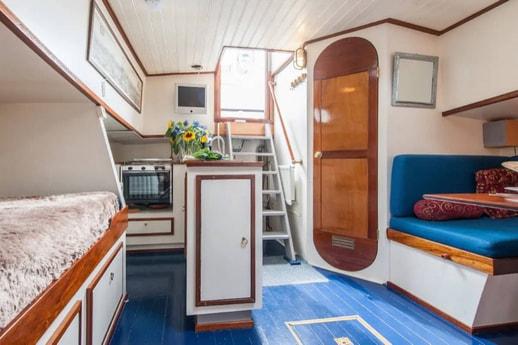 Houseboat 883 Amsterdam photo 7