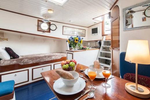 Houseboat 883 Amsterdam photo 10