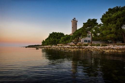 Lighthouse 107 Zadar photo 0